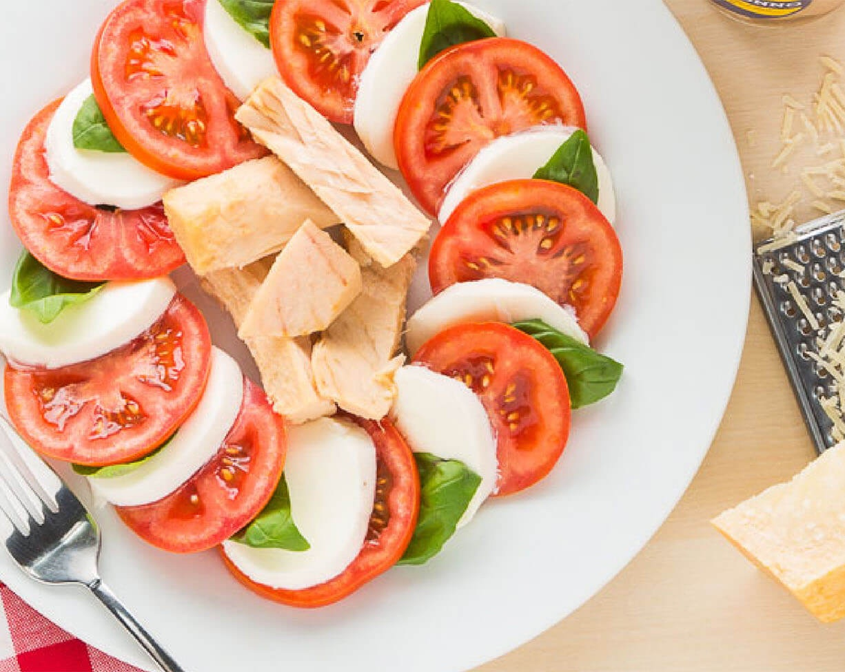 Ensalada de atún y tomate